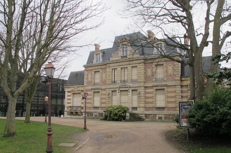 Henri IV vues du jardin w